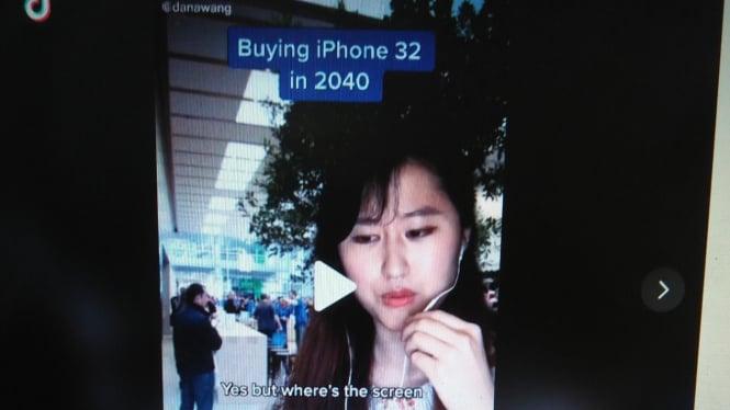 Netizen sindir iPhone 12 di TikTok.