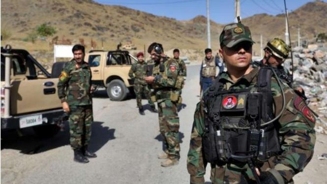 Ilustrasi Tentara Afghanistan Berjaga-jaga.