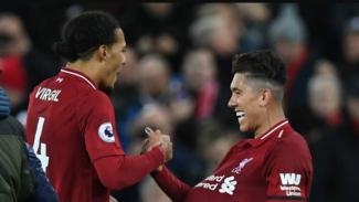 Pemain Liverpool, Virgil van Dijk dan Roberto Firmino.