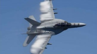 VIVA Militer: Pesawat Siluman, Super Hornet F/A-18E