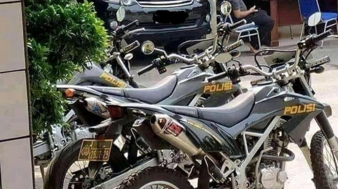 Motor polisi ini jadi sorotan netizen.
