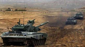 VIVA Militer: Armada tank Angkatan Bersenjata Azerbaijan