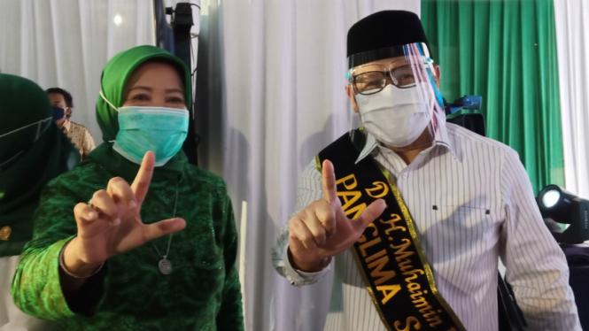 Ketua Umum PKB Muhaimin Iskandar (kanan) dan Lathifah Shohib