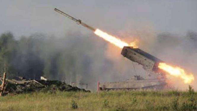 VIVA Militer: Serangan roket Angkatan Bersenjata Armenia