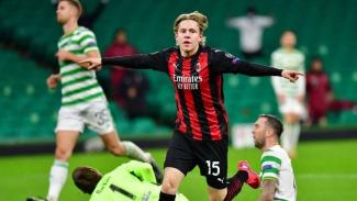 Pemain Milan, Jens Petter Hauge rayakan gol ke gawang Celtic