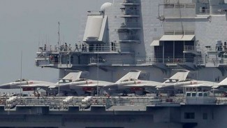VIVA Militer: Jet tempur Shenyang J-15 Angkatan Laut China (PLAN)