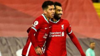 Pemain Liverpool, Roberto Firmino dan Mohamed Salah.