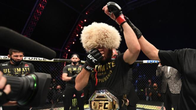Juara kelas ringan UFC, Khabib Nurmagomedov