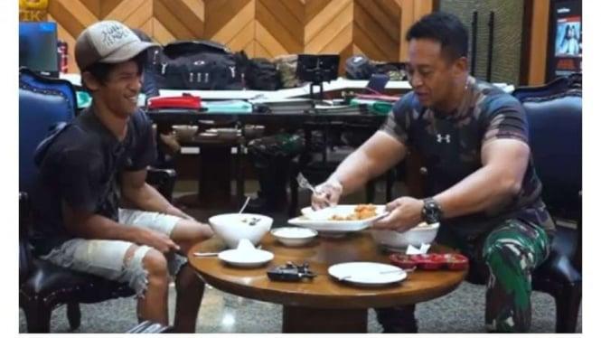 VIVA Militer : KSAD makan siang bersama kuli bangunan Sandi Rihata