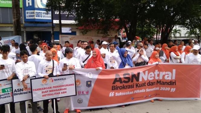 Kampanye Gerakan Nasional Netralitas ASN yang diselenggarakan KASN dan Bawaslu di Makassar, Maret 2020