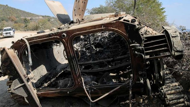 VIVA Militer: Tank Angkatan Bersejata Azerbaijan hancur dihantam rudal Armenia
