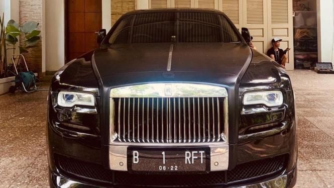 Rolls-Royce milik Nagita Slavina dan Raffi Ahmad