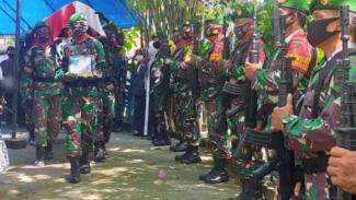 VIVA Militer: Prosesi pemakaman Kolonel Abdul Chalid  Halim.