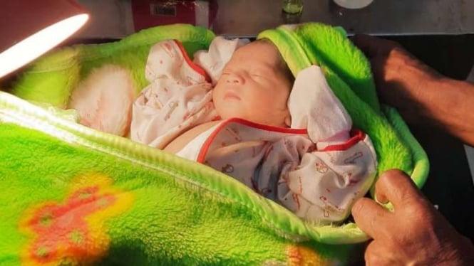 Bayi mungil yang ditemukan (Foto Ilustrasi).