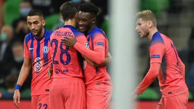 Para pemain Chelsea rayakan gol Callum Hudson-Odoi ke gawang Krasnodar.
