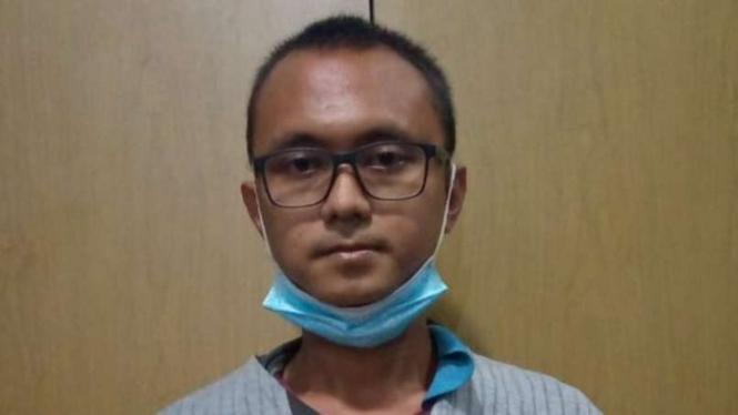 SP, pemuda 25 tahun pelaku begal payudara di Depok, Jawa Barat.