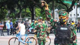VIVA Militer: Kolonel TNI BJ.