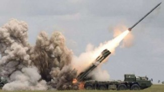 VIVA Militer: Roketl BM-30 Smerch Angkatan Bersenjata Armenia