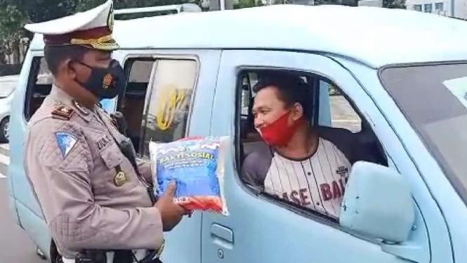 Polisi lakukan Operasi Zebra 2020 di Ibu Kota Jakarta.