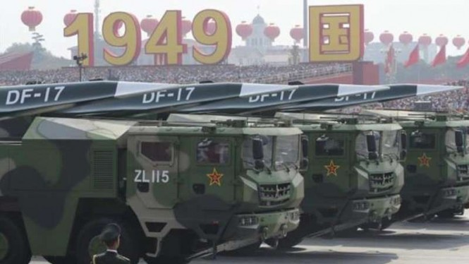 VIVA Militer: Rudal hipersonik Dongfeng DF-17 Tentara Pembebasan Rakyat China