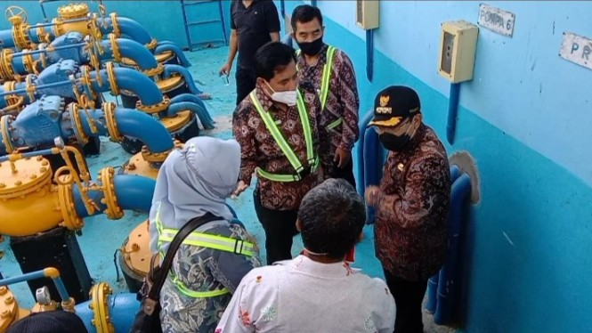 Wali Kota Malang, Sutiaji meninjau tandon air Wendit milik PDAM Kota Malang
