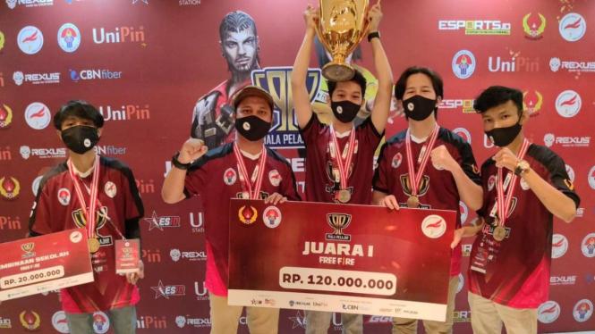 Pelajar Depok juara turnamen E-Sports PBESI Season 1