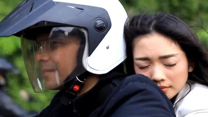 Jonathan Frizzy dan Ririn Dwi Ariyanti di serial Aku Ingin Dicintai ANTV.