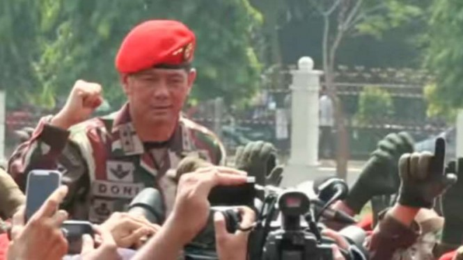 VIVA Militer: Letjen TNI DM.