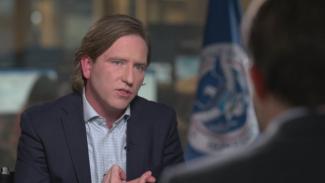 Bantah Klaim Trump, Direktur Siber AS Sudah Firasat Bakal Dipecat