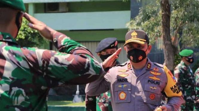 Irjen Pol Fadil Imran Pamitan ke Prajurit Komando Daerah Militer V/Brawijaya