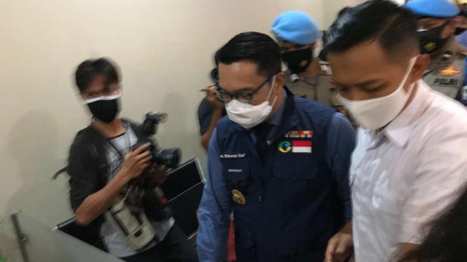 Gubernur Jawa Barat, Ridwan Kamil tiba di Bareskrim Polri.