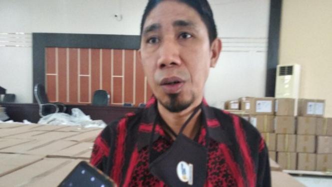 Ketua KPU Mamuju Hamdan Dangkang (antara)