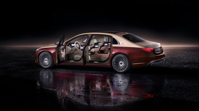 New Mercedes-Maybach S-Class