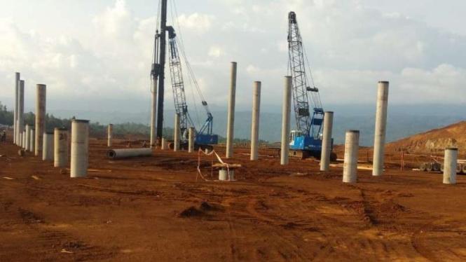 Proyek smelter CNI