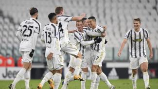 Pemain Juventus merayakan gol Cristiano Ronaldo
