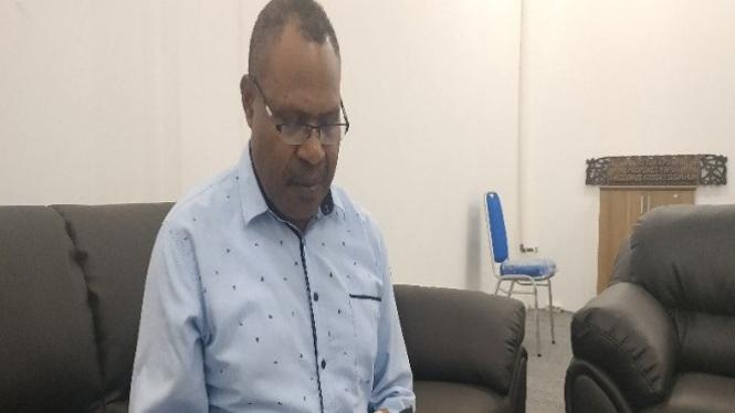 Ketua KPU Papua Theodorus Kossay (antara)