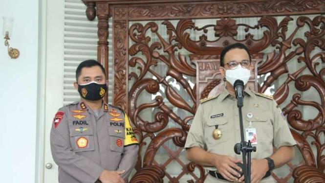 Kapolda Metro Jaya Inspektur Jenderal Polisi Fadil Imran bertemu Gubernur DKI Anies Baswedan.