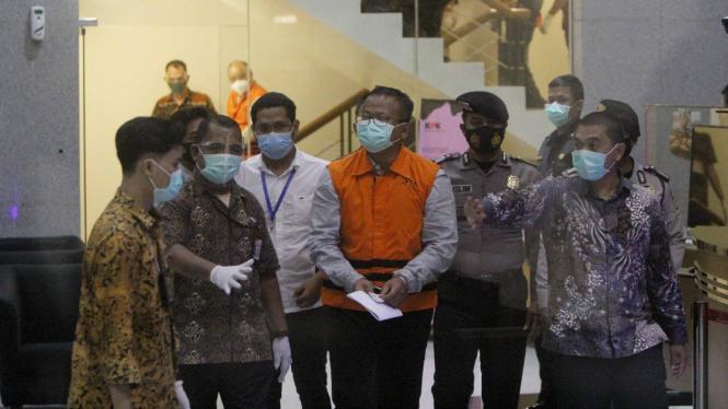 KPK Tahan Menteri KKP Edhy Prabowo Terkait Korupsi Benih Lobster.