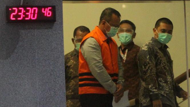 KPK tahan eks Menteri KKP Edhy Prabowo terkait korupsi benih lobster