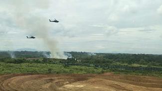 VIVA Militer: Helikopter Apache TNI muncul di Latancab Kartika Yudha 2020.