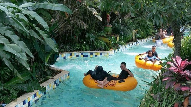 The Jungle Water Adventure, image by IG : @thejunglebogor