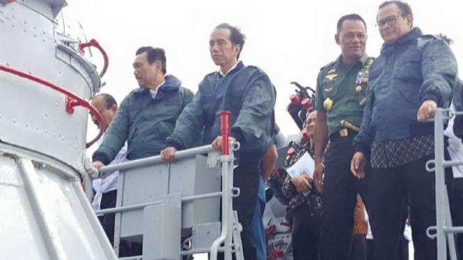 VIVA Militer: Jenderal (purn) LBP (paling kiri).