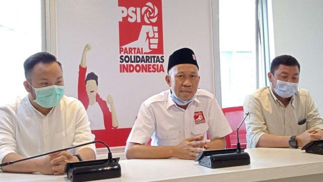 Plt Ketua Partai Solidaritas Indonesia (PSI) Kota Surabaya Yusuf Lakaseng