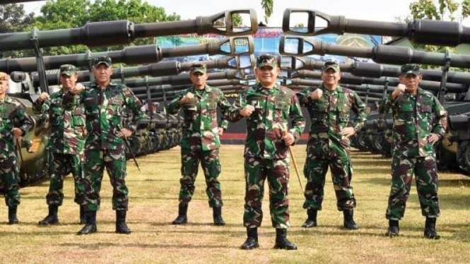 VIVA Militer: Mayjen TNI DA.