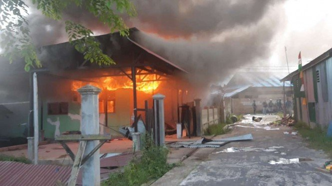Rumah calon bupati di Boven Digoel, Papua dibakar.