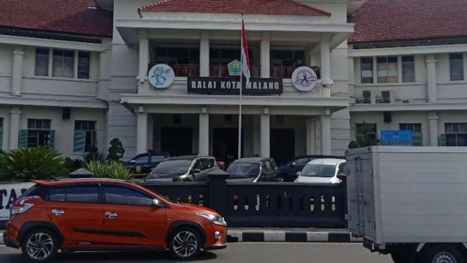 Halaman muka Balai Kota Malang