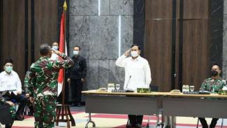 VIVA Militer: Letjen TNI (Purn) Prabowo Subianto Sambangi Mabesad