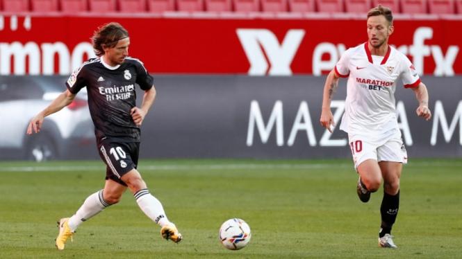 Duel Sevilla vs Real Madrid.