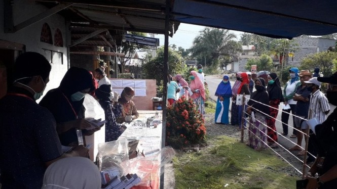 Suasana pencoblosan di TPS Pasaman.