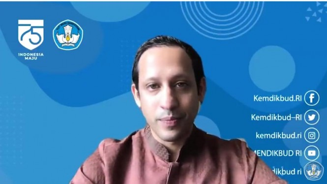 Nadiem Makarim pada Youtube Channel Kemendikbud RI .